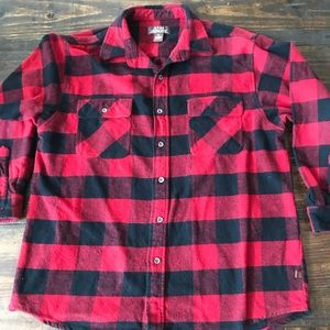 Other - Flannel Shirt Black Red Moose Creek XL
